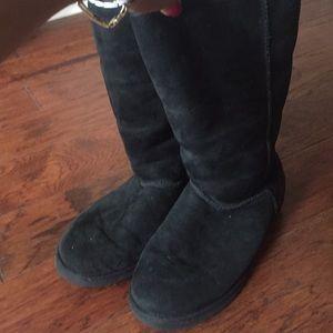 Black UGG boots, size 9